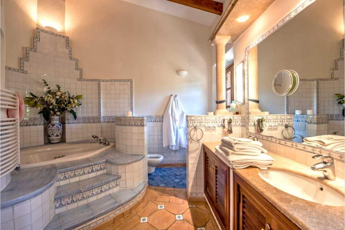 Römisches Badezimmer Mallorca