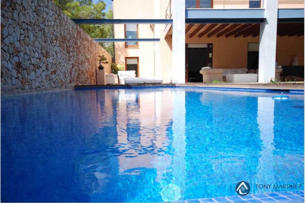 Poolbereich Finca Portocolom Mallorca