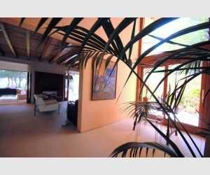 Esszimmer mit Zugang zum Wohnzimmer Finca