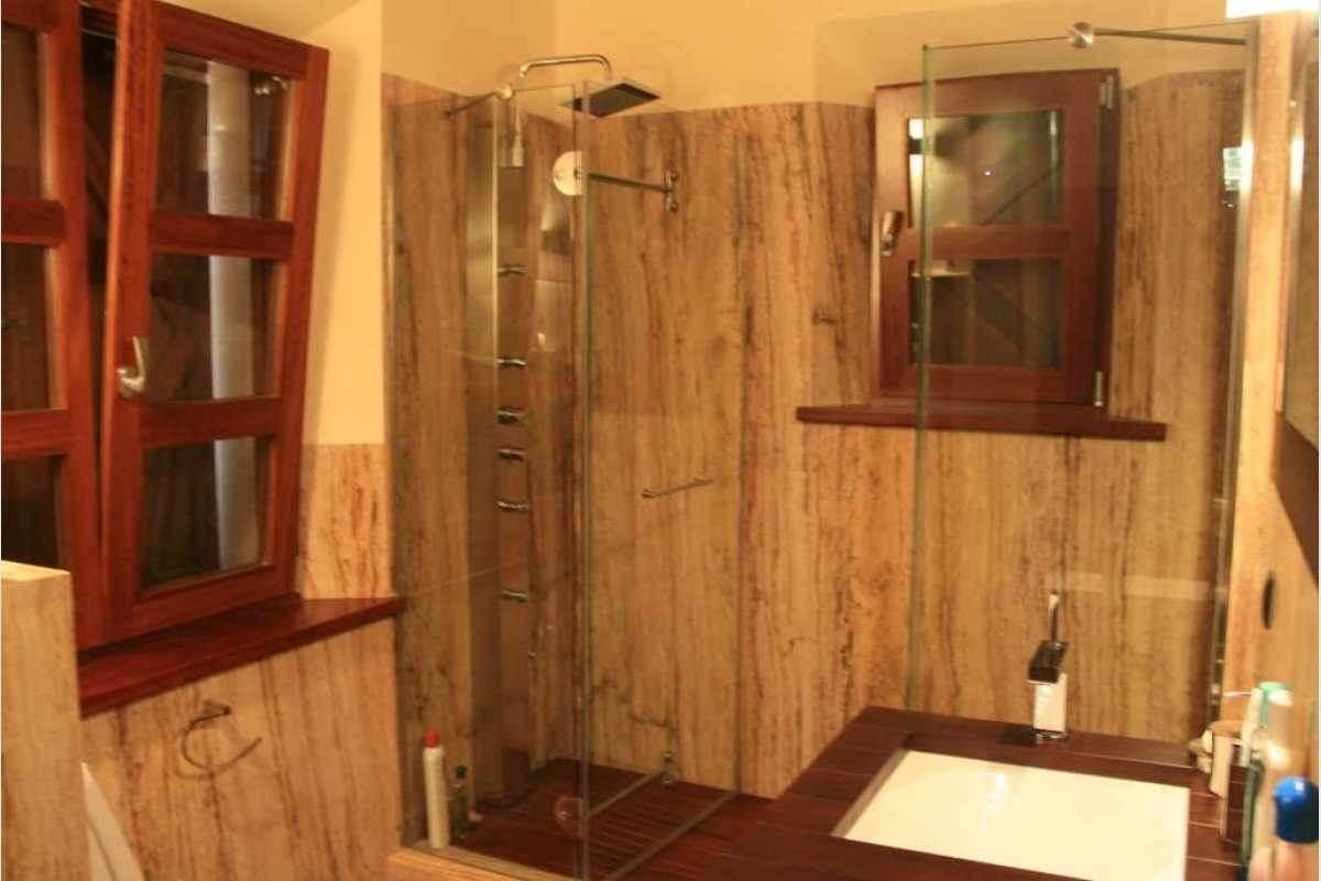 Badezimmer mit Dusche Finca Mallorca