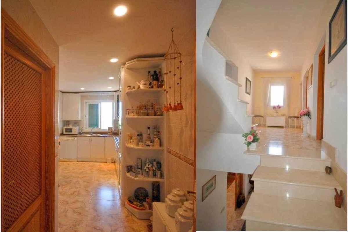 Küche und Treppe