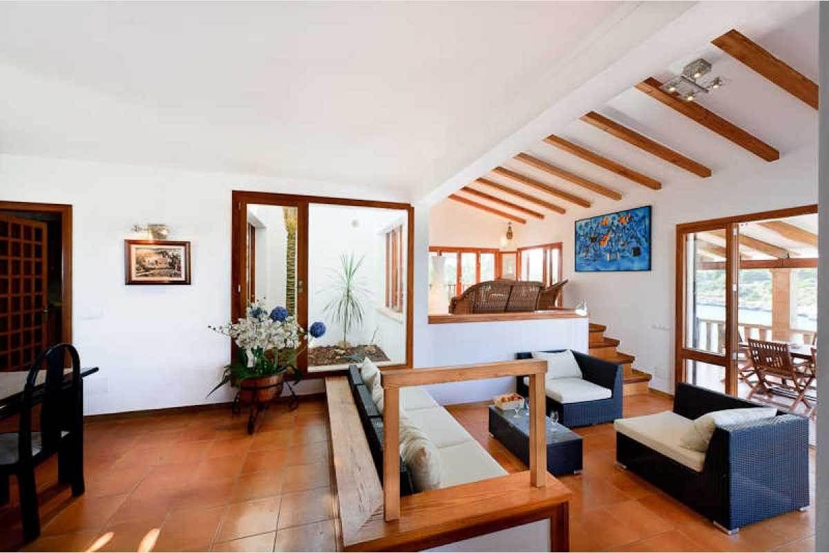 Villa in erster Meereslinie in Portocolom auf Mallorca